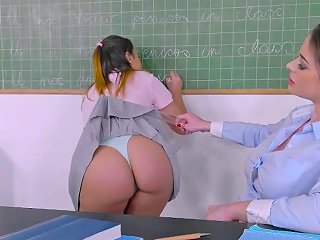 Teacher Cathy Bangs Aninas Sweet Pussy By Her Dildo Str Porn Videos